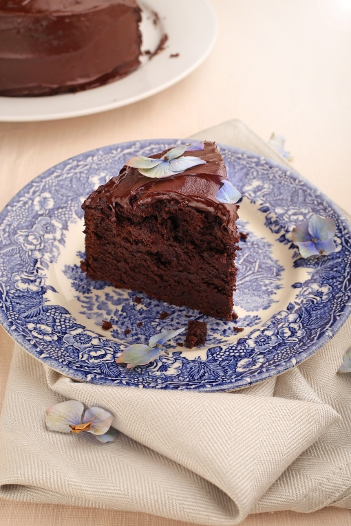 chocolate beetroot guinness cake