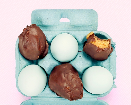 Keen Almond choccy eggs